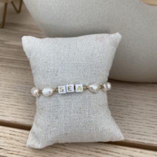 Bracelet personnalisé SORMIOU – Lettres dorées
